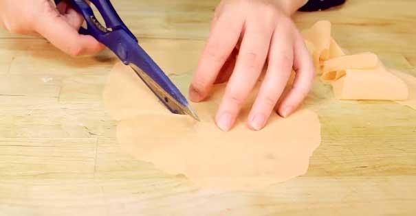 Cut the Circle into Ruffles