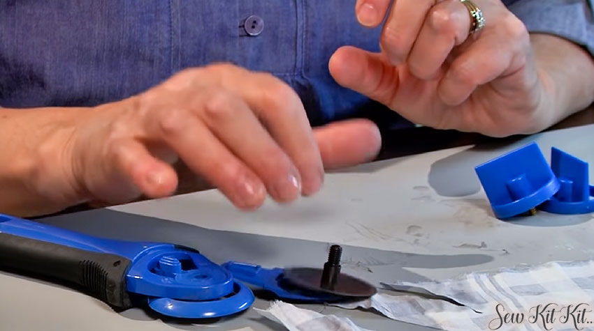 How to Sharpen a Rotary Cutter Blades 7
