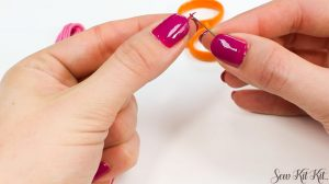 Read more about the article How to Separate an Embroidery Floss [Guide]