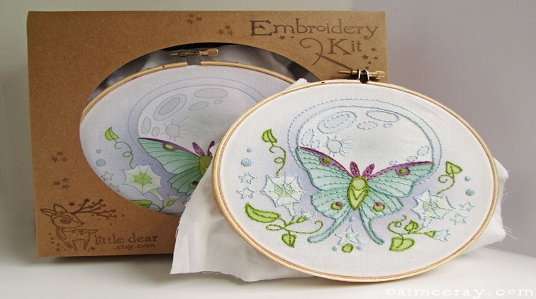 Read more about the article 9 BEST Beginner Embroidery Kits in 2021