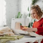 Can Sewing Machines Overlock?