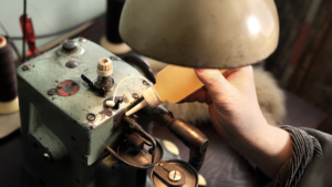 Read more about the article How to Oil a Sewing Machine: A Comprehensive Guide [2021]