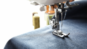 Read more about the article Causes And Solutions For Sewing Machine Thread Breaking At Needle