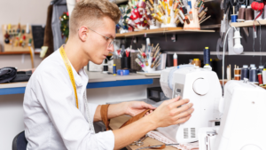 Read more about the article 3 Best Sewing Machines for Making Clothes in 2021