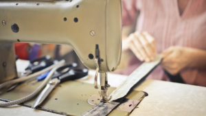 Read more about the article How to Easily End A Stitch on a Sewing Machine