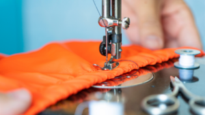 Read more about the article Choosing The Right Sewing Machine Needle Size For Cotton