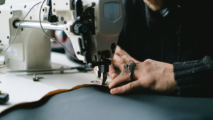 Read more about the article 6 BEST Sewing Machine for Bag Making in 2021